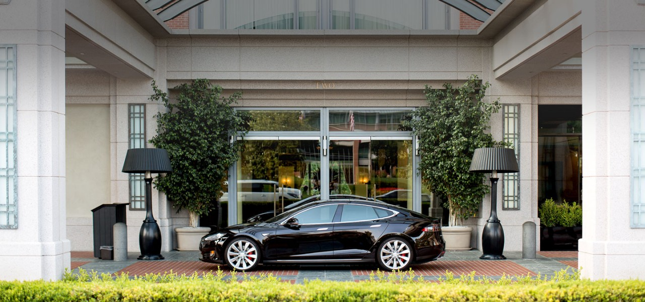 VIP Transportation with a Tesla Model S at a hotel.